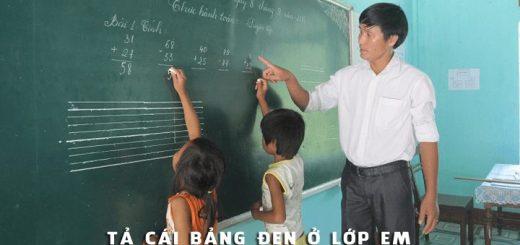 ta cai bang den o lop em 520x245 - Tả cái bảng đen ở lớp em - Văn mẫu lớp 2