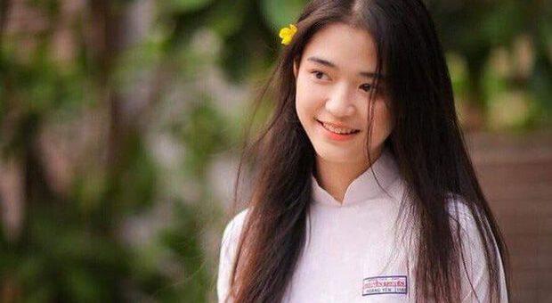 """1e2e7fa24ea378d32ed0630dc6f80716 620x340 - Tìm hiểu đầy đủ truyện ngắn """"Chiếc thuyền ngoài xa"""" (Nguyễn Minh Châu)"""
