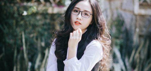 nu sinh d20181115 040205 520x245 - Hoàn cảnh ra đời bài thơ Tây Tiến (Quang Dũng)